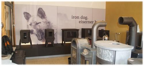 Iron Dog Holzöfen in unserer Ausstellung